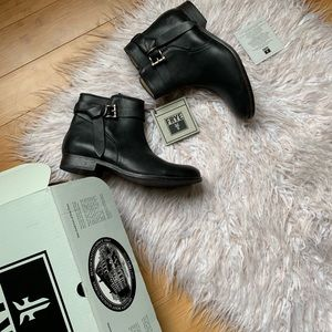 NIB Frye Melissa Knotted Short leather Boot